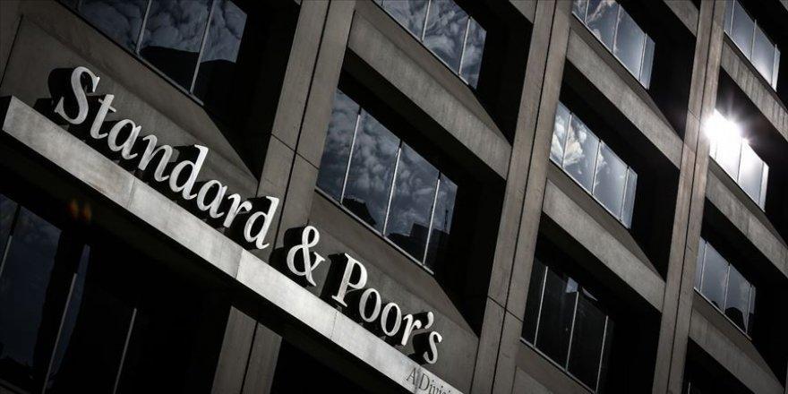 S&P İngiltere'nin görünümünü durağana çevirdi
