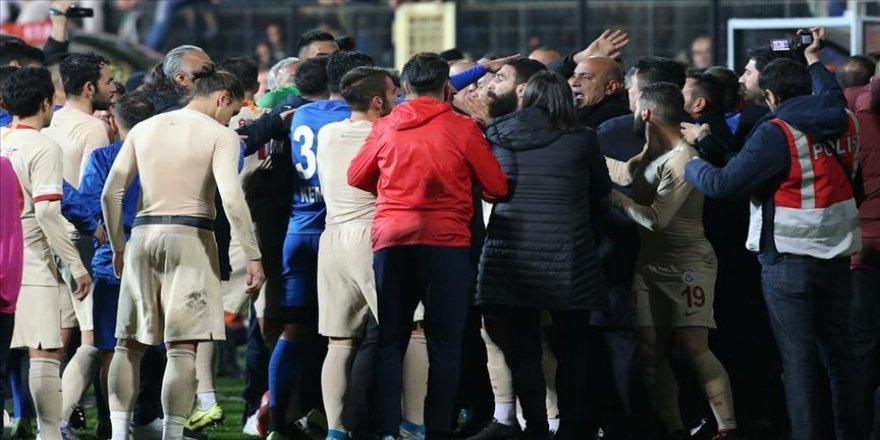 Galatasaray ve Tuzlaspor, PFDK'ye sevk edildi