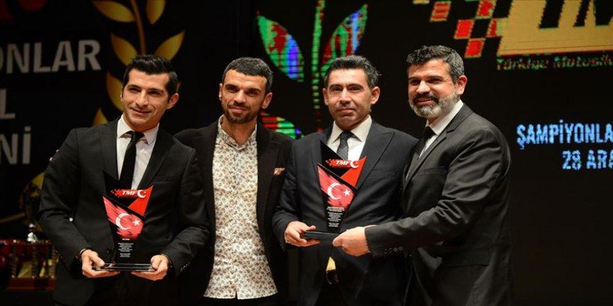 TMF'den şampiyon sporculara ödül