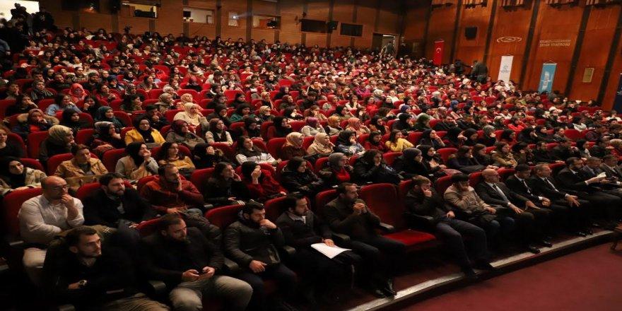 Akademi Lise'den 45 bin 500 öğrenci yararlandı