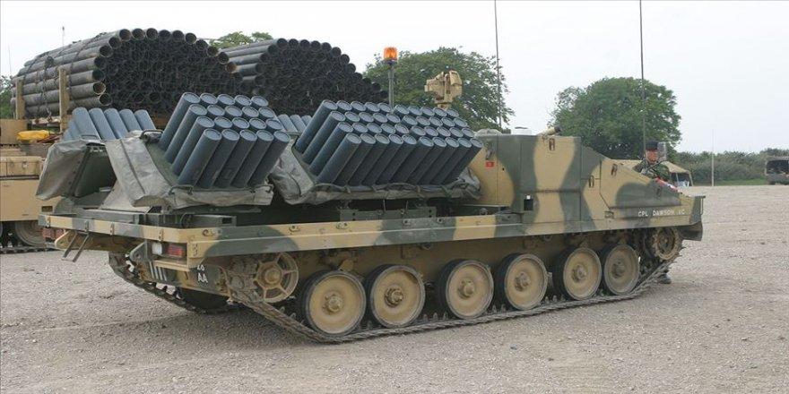 ABD Deyrizor'daki askeri noktalarını çok namlulu roketatarlarla güçlendirdi