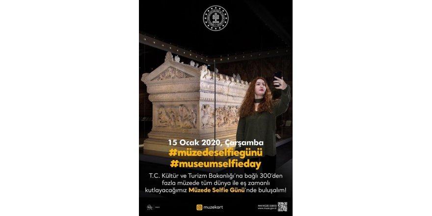 Müzede Selfie Günü'ne özel yarışma...