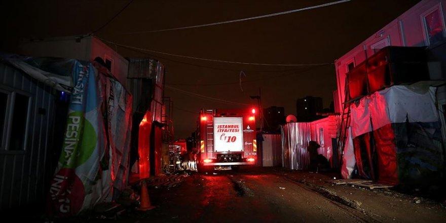 Sultangazi'de işçi konteynerinde çıkan yangında 1 kişi öldü