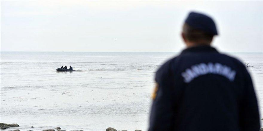 Mersin'de denizde kaybolan iki bekçiden birinin cansız bedeni bulundu