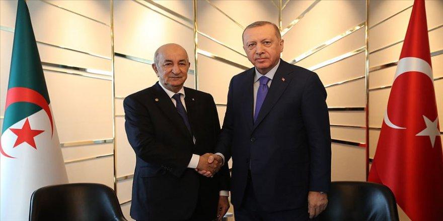 Cumhurbaşkanı Erdoğan, Cezayir Cumhurbaşkanı Tebbun ile bir araya geldi