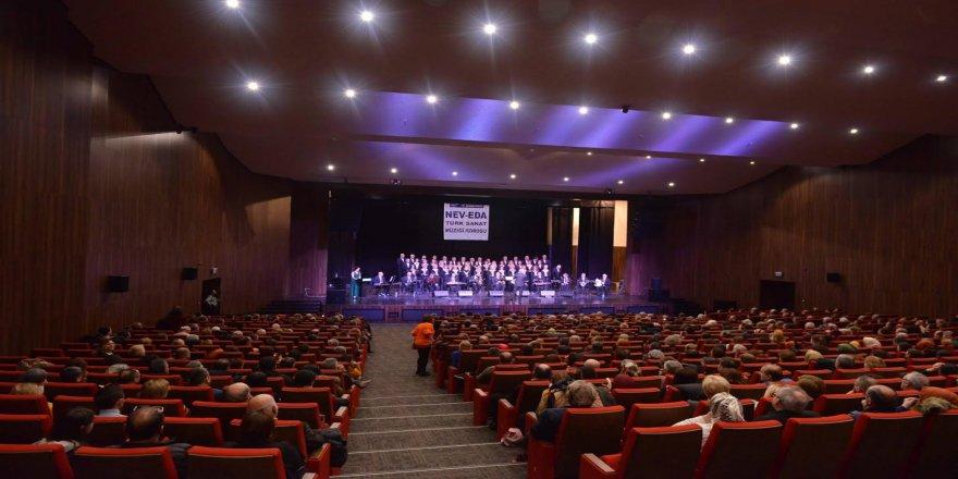 Nev-Eda Türk Sanat Müziği Korosu'ndan büyüleyici performans