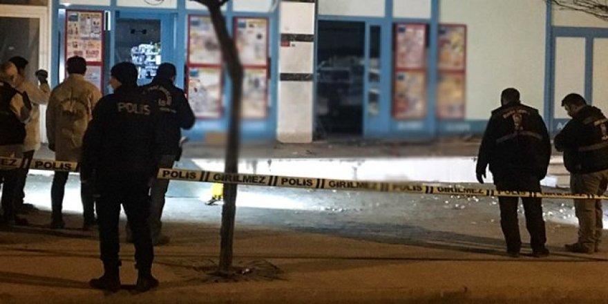 Markete EYP'li saldırı ! Polis Alarmda