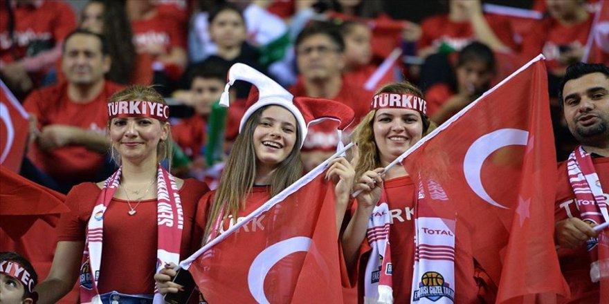 Türkiye-Hollanda maçının biletleri satışa çıktı