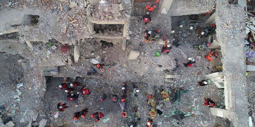 Elazığ'daki deprem dolaysıyla tüm dünyadan Türkiye'ye taziye ve destek mesajları geldi