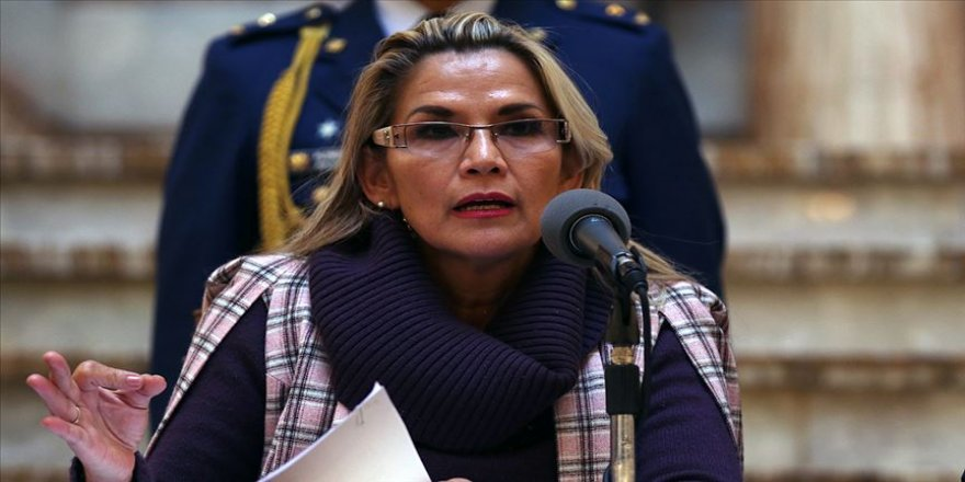 Bolivya'da geçici Devlet Başkanı Anez seçim öncesi kabinesini yeniliyor