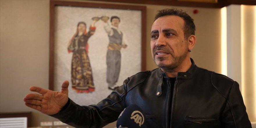 Ahbap Derneği, Elazığ'daki depremzedeler için 2 milyon lira topladı