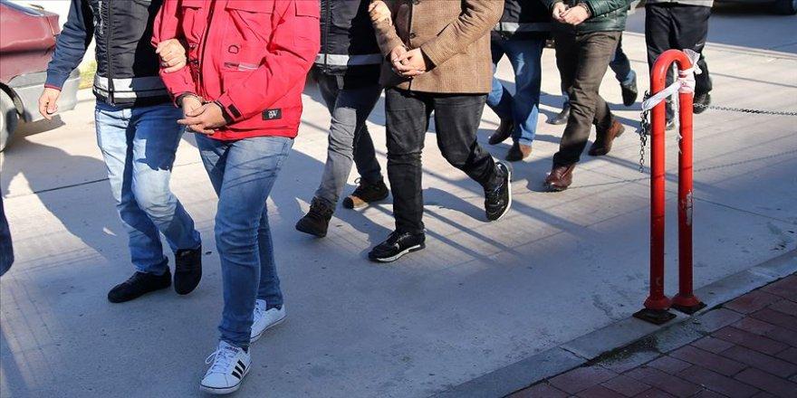 FETÖ'nün adliye ve cezaevi yapılanmasına yönelik 24 gözaltı kararı