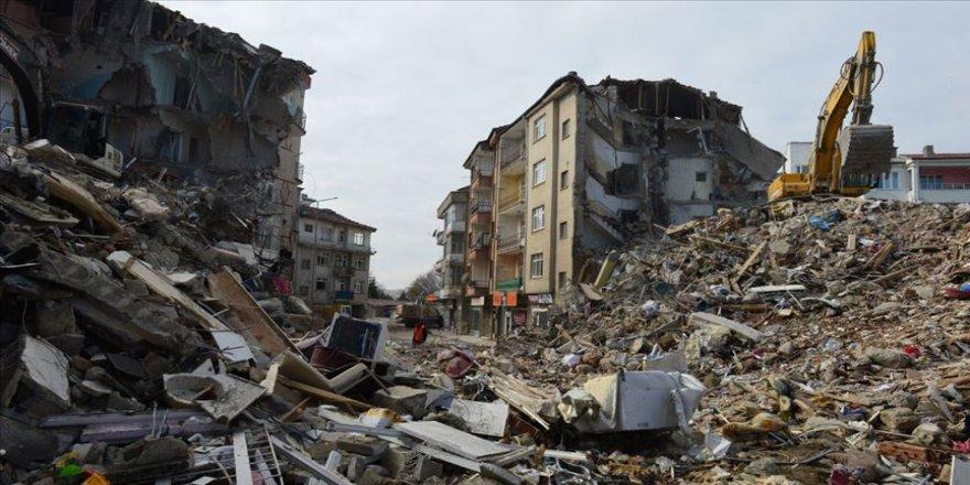 Elazığ ve Malatya için toplanan yardım 92 milyon liraya yaklaştı