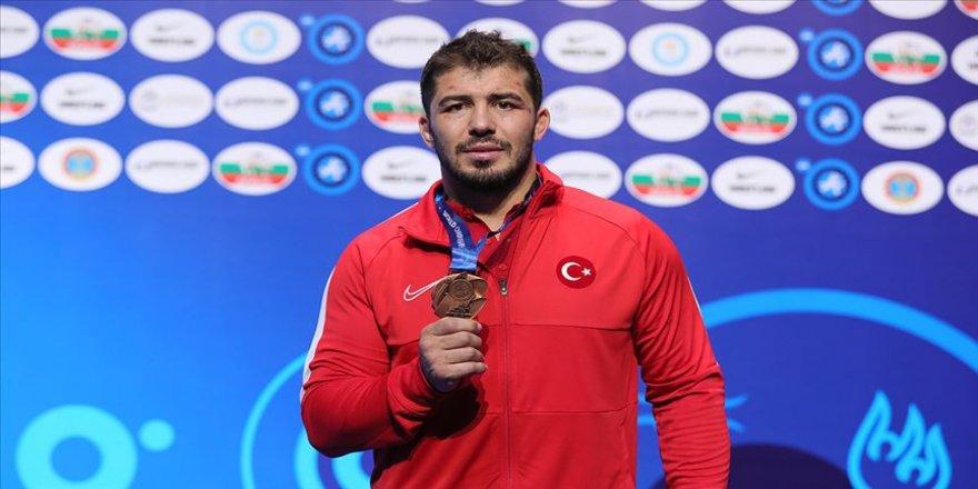 Cenk İldem Avrupa Şampiyonası'nda kariyerinde eksik olan 'altın madalyayı' hedefliyor