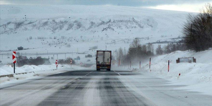 Meteorolojiden kar yağışı ve çığ tehlikesi uyarısı