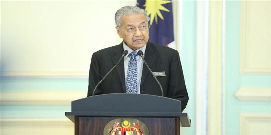 """Malezya Başbakanı Mahathir: """"Malezya, Filistin'i her zaman desteklemeyi sürdürecektir"""""""