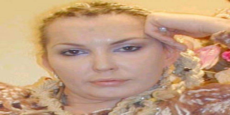 Sisi, başörtüsü ve peçe takıp Rizeli iş adamı ile evlendi