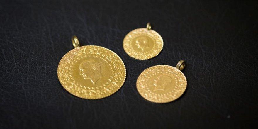 Gram altın 304 lira seviyelerinde