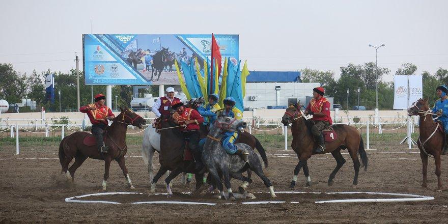 Kazakistan'da savaş sanatından evrilen geleneksel oyun: Kökpar