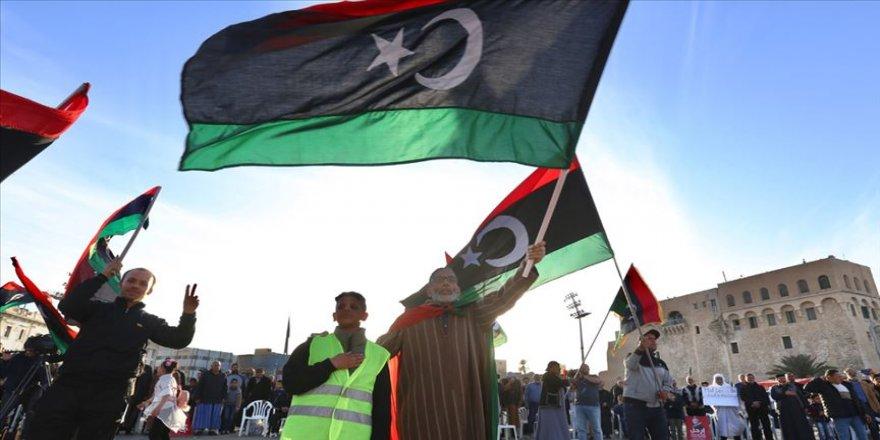 UMH: AB'nin Libya'ya silah ambargosunu denetleme kararı başarısız olacak