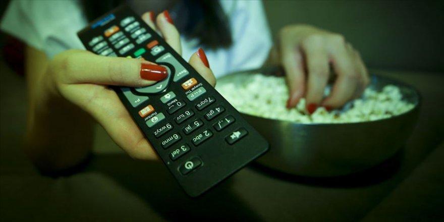 'Televizyon karşısında miskinlik' kadınların kalp sağlığı için tehlike arz ediyor