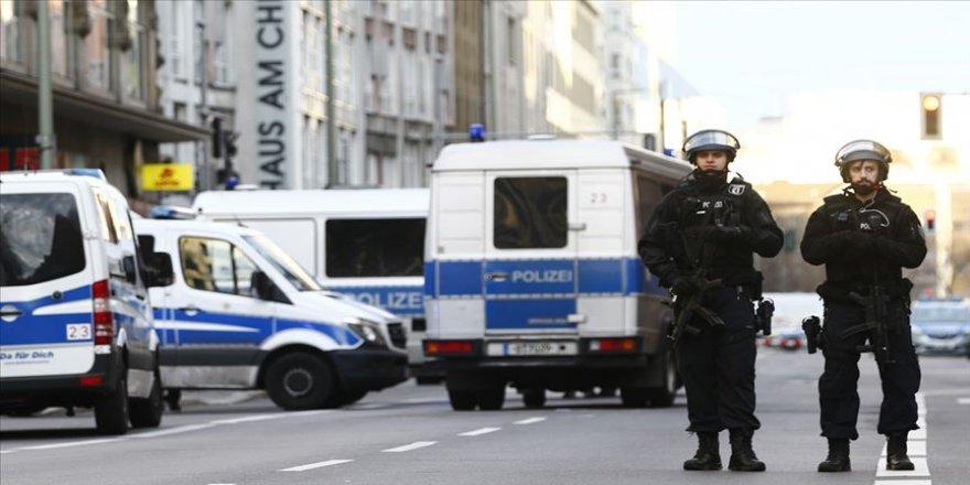 Almanya'nın Hanau kentinde silahlı saldırı: 8 ölü