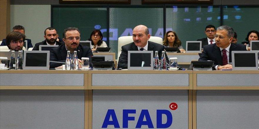 İçişleri Bakanı Soylu, AFAD İl Müdürlüğünde düzenlenen, İstanbul Afet Koordinasyon ve Değerlendirme Toplantısı'nda Elazığ depremini değerlendirdi.