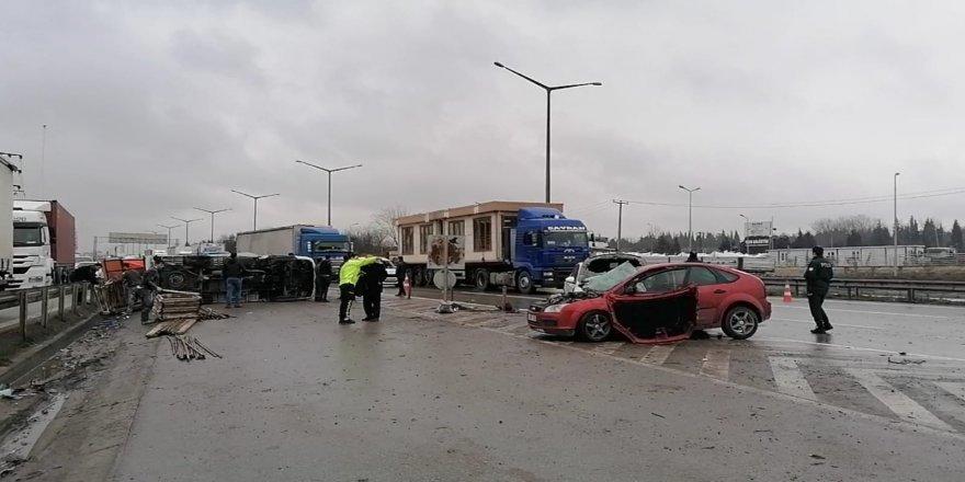 : Gebze barış mahallesiNDE TRAFİK KAZASI