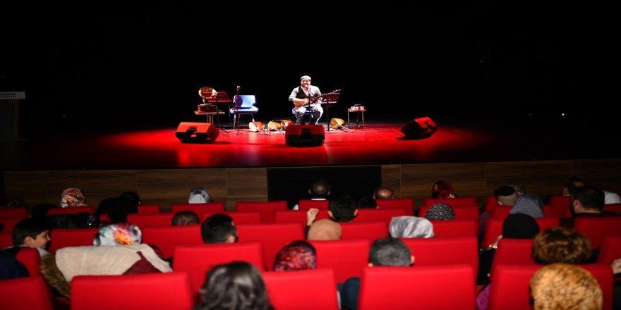 Türk Halk Müziği Esintisi