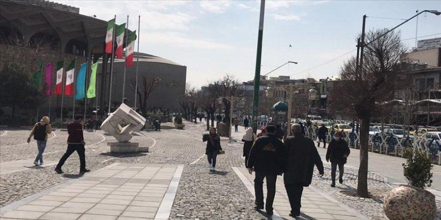 Koronavirüs nedeniyle Tahran'daki üniversitelerde eğitim elektronik ortama taşındı