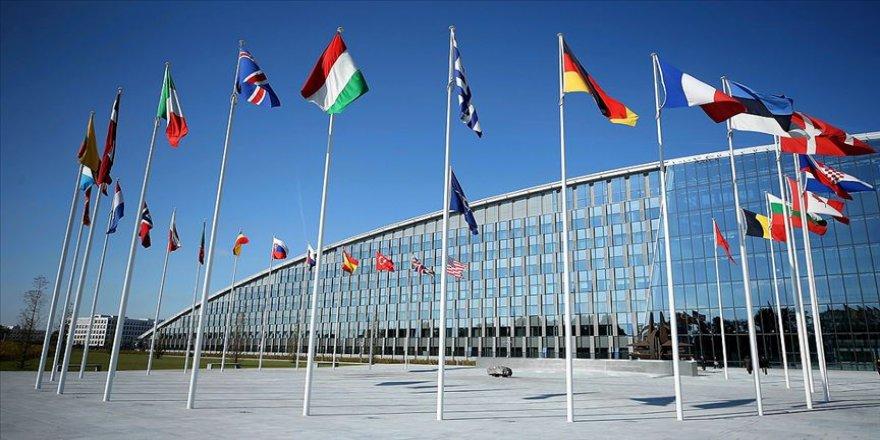AB üyesi 14 ülkenin Dışişleri Bakanlarından Rusya ve Suriye'ye çağrı