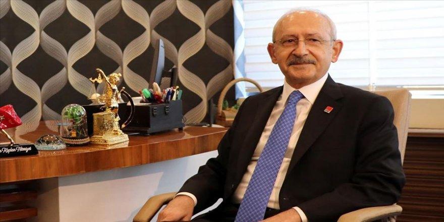 Kılıçdaroğlu, çocukları CHP'nin 23 Nisan konulu resim, şiir ve beste yarışmasına katılmaya davet etti