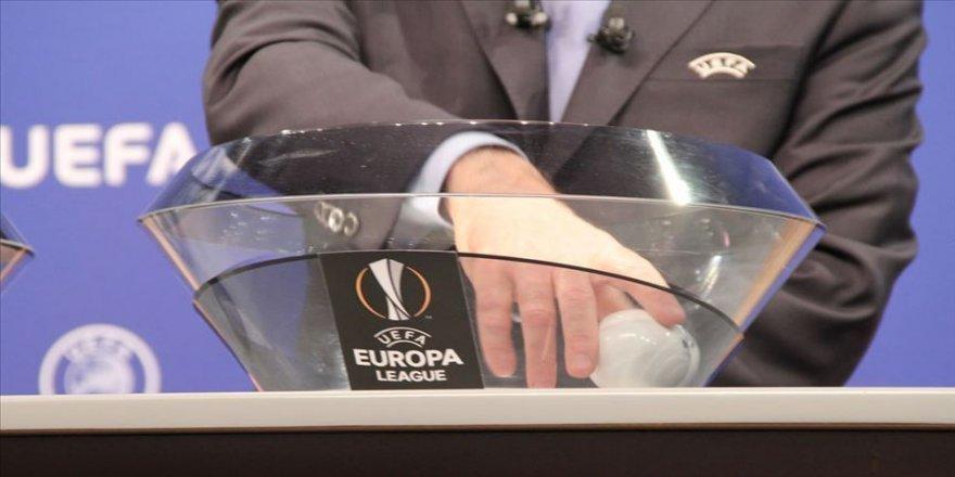 UEFA Avrupa Ligi'nde son 16 turu eşleşmeleri belli oldu. Medipol Başakşehir, Danimarka ekibi Kopenhag ile eşleşti.