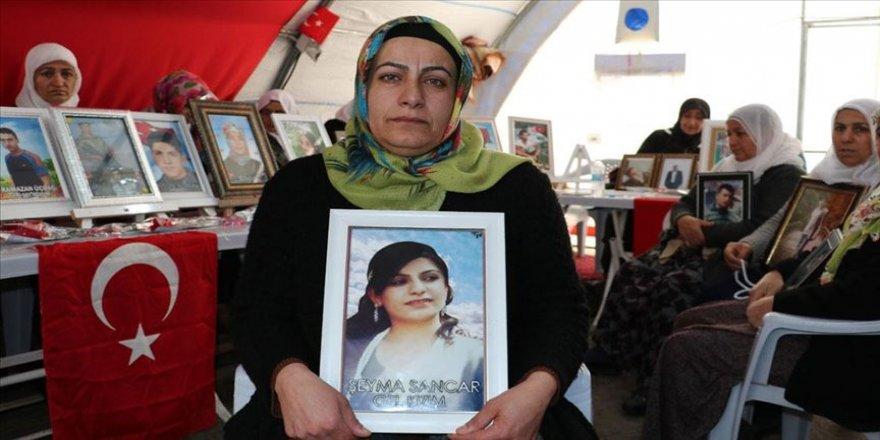 Diyarbakır annesi Nazlı Sancar: Çocuklarımız gelmeden buradan kalkmayacağız