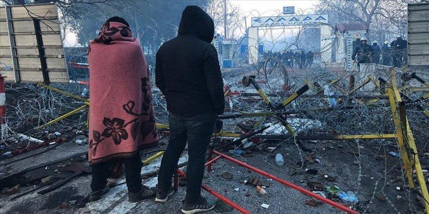 Sınırı geçmek isteyen göçmenlerin Edirne'ye gelişi sürüyor