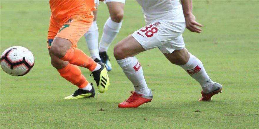 Türkiye Kupası yarı finalinde 'Antalya derbisi' heyecanı