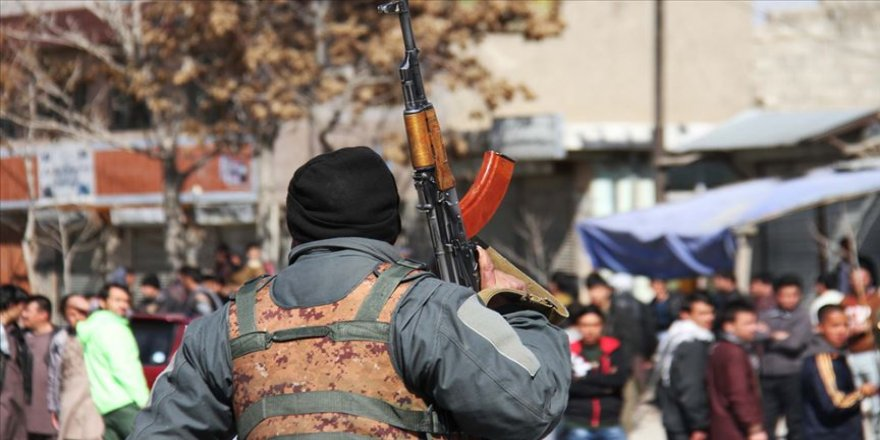 Afganistan'da Taliban saldırısında 16 asker öldü