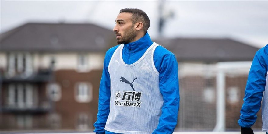 Cenk Tosun Everton'a döndü