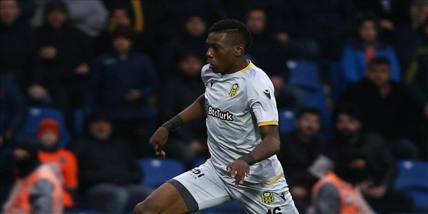 PFDK, Yeni Malatyaspor oyuncusu Hadebe'ye 3 maç men cezası verdi
