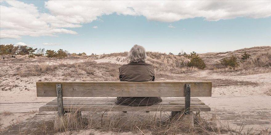 Kadınlar daha uzun yaşıyor