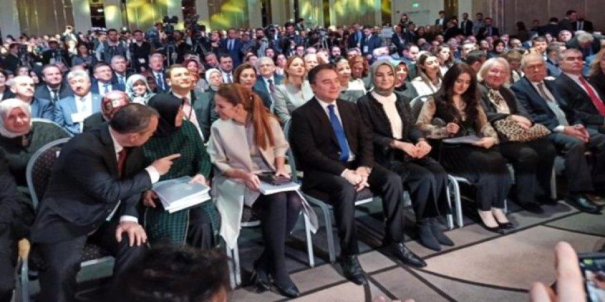 Ali Babacan yeni partisinin tanıtımını AK Parti'nin kurulduğu otelde yaptı