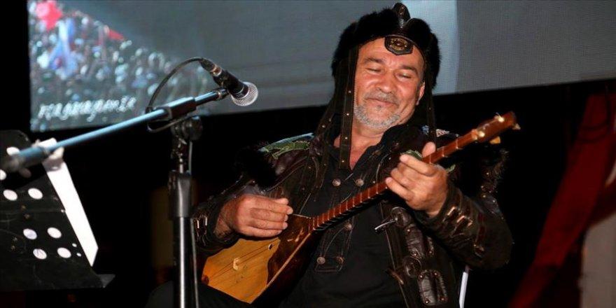 'Dombra' şarkısıyla ünlenen Sultanbekov, karantinadakilere 'dijital konser' verecek