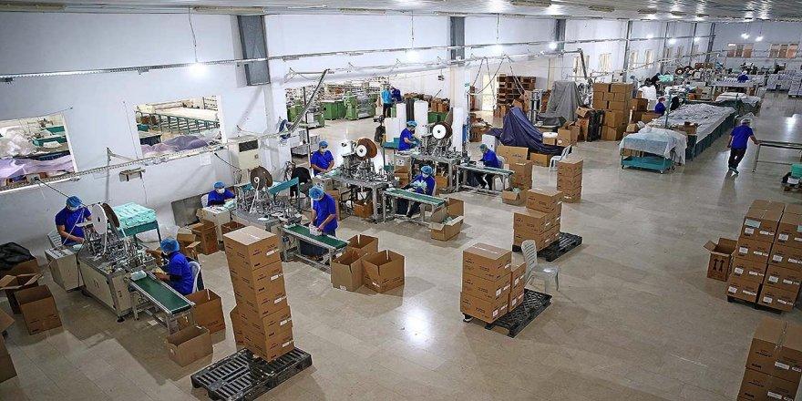Bu fabrikada çalışmak için ilk şart 'bıyıksız olmak'