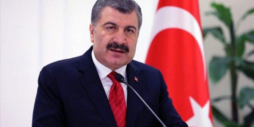 Türkiye'de koronavirüsten ölenlerin sayısı vaka sayısı yükselmeye devam ediyor