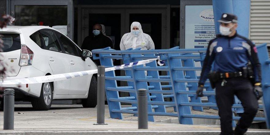 İspanya'da Kovid-19'dan hayatını kaybedenlerin sayısı rekor artışla 5 bin 690'a çıktı