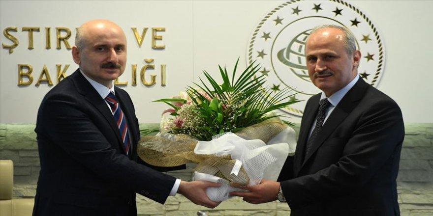 Ulaştırma ve Altyapı Bakanlığında devir teslim töreni