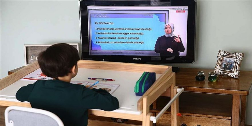 Kovid-19 salgını eğitimin yapısını dönüştürecek