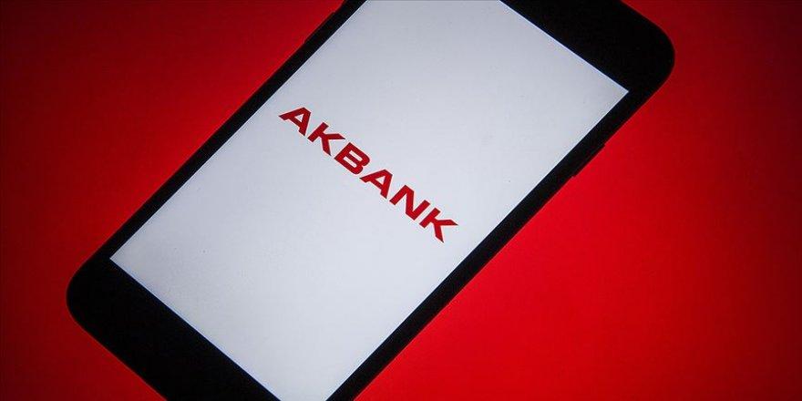 Akbank'tan sağlık kuruluşları ve çalışanları için 10 milyon liralık kaynak