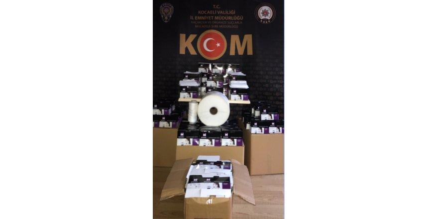 Kartepe, Darıca ve Çayırova'da kaçak maske üretimi baskını