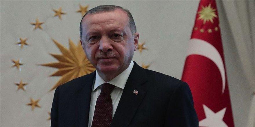 Erdoğan tıbbi yardım malzemesi ulaştırılan İtalya ve İspanya'nın Başbakanlarına mektup gönderdi